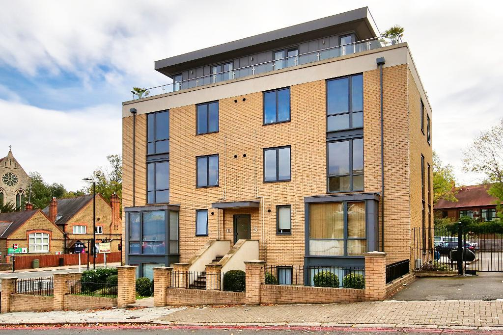 Alton Road, Roehampton, London, SW15 4LF